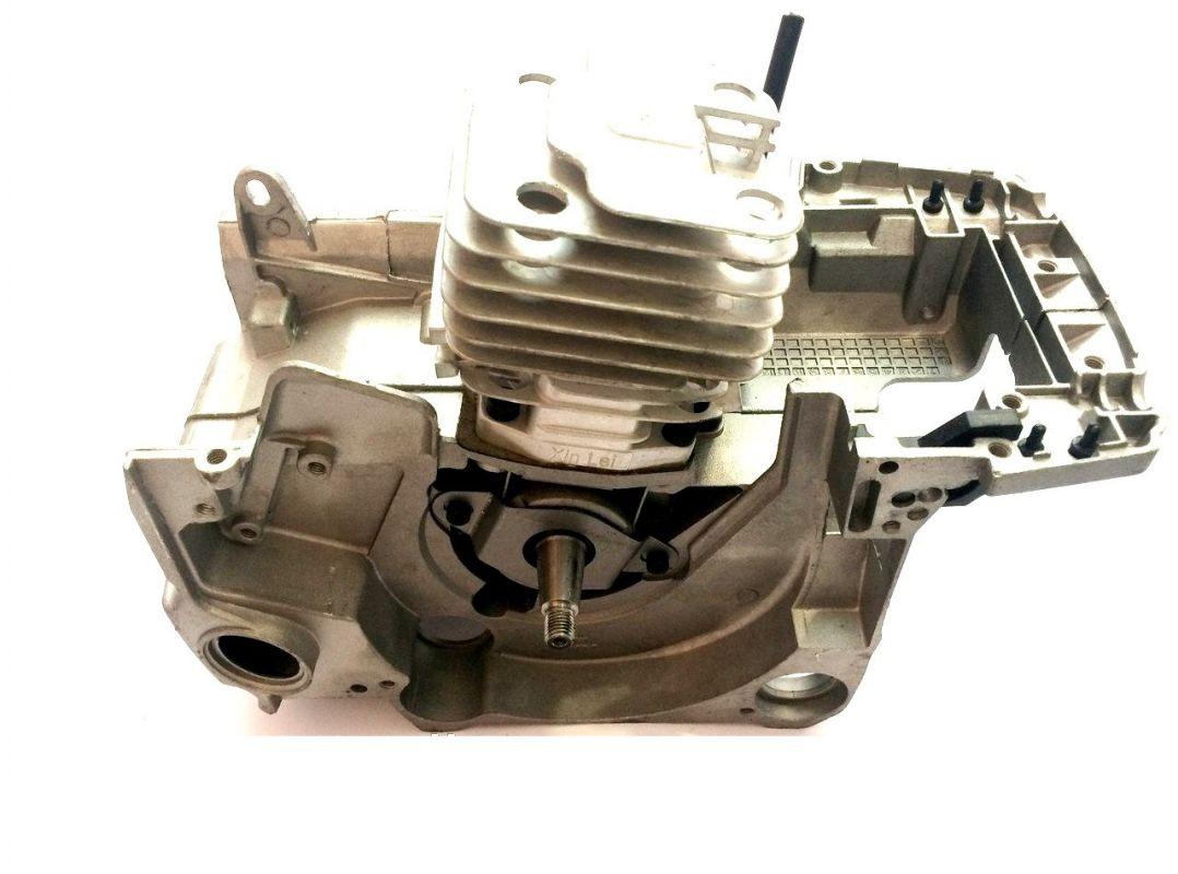 Двигатель в сборе с поршневой для китайских бензопил